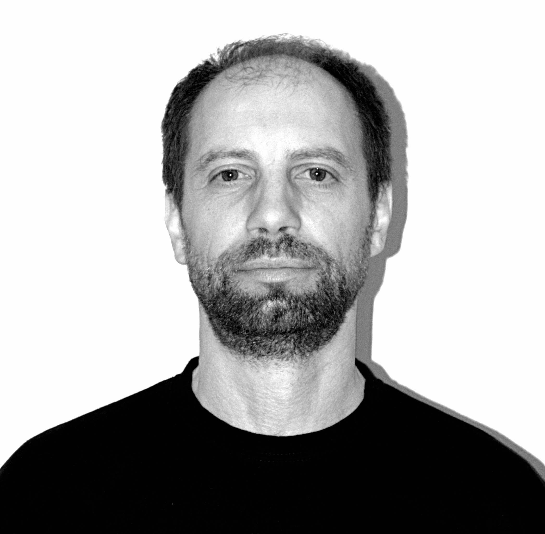Thierry Pividori, Basso